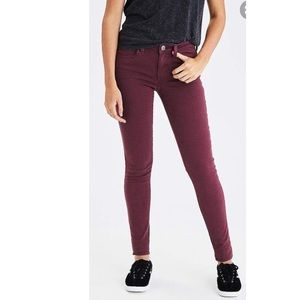 🆕 American Eagle Cranberry Jeggings